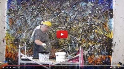 Vidéo Action painting. Réalisation d'une oeuvre picturale par projection de peinture