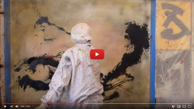 """Vidéo """"Instant d'atelier"""". Entre Action painting et abstraction avec Jean-Jacques Marie"""